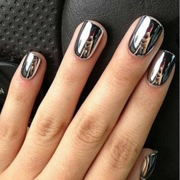 Gleaming Metallic Nails