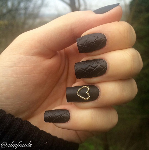 Quilted Nails Are A Luxurious New Manicure Trend Beauty
