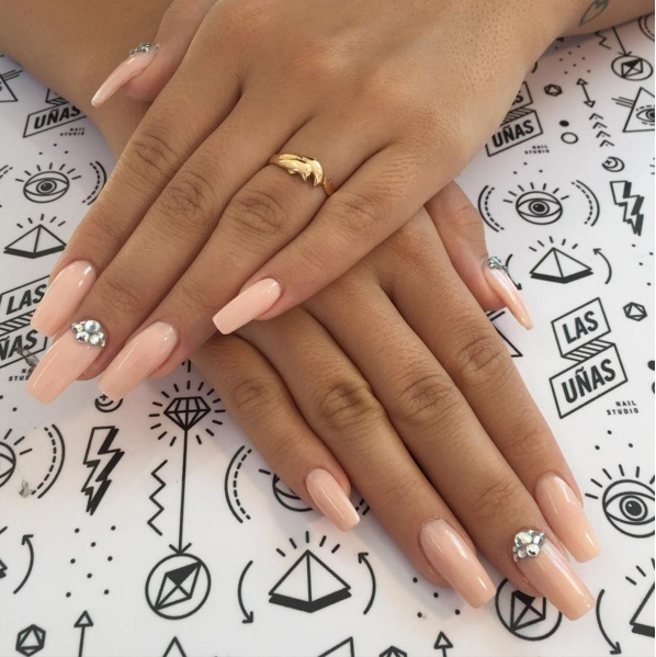 Squareletto Manicures Are An Edgy New Nail Trend For Spring | BEAUTY