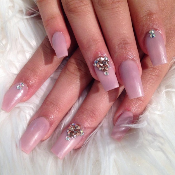 Squareletto Manicures Are An Edgy New Nail Trend For Spring