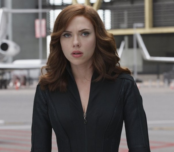 Copy Scarlett Johansson S Soft Wavy Locks From Quot Captain