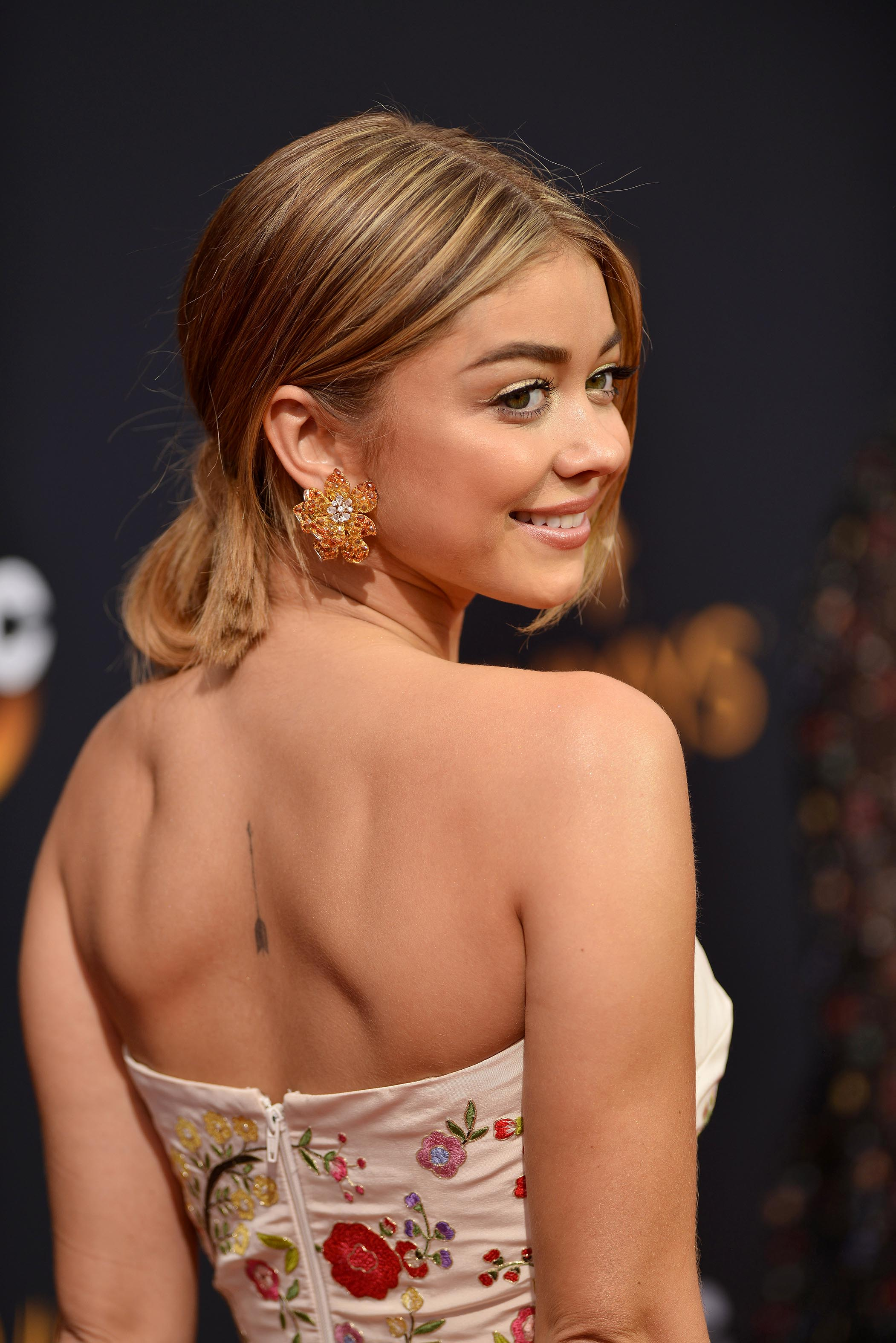 Best Hair And Makeup Looks From The 2016 Emmys Beauty