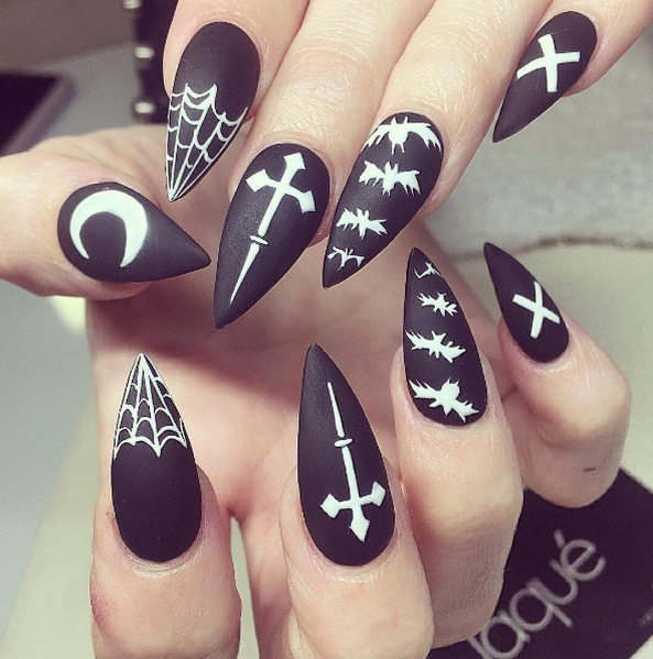 Spooky Yet Sexy Halloween Nail Art Ideas | BEAUTY