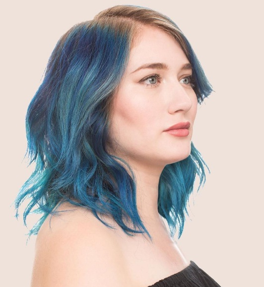 Soft Roots Are A Subtle Yet Stylish Hair Colour Trend BEAUTY - Hair colour just for roots