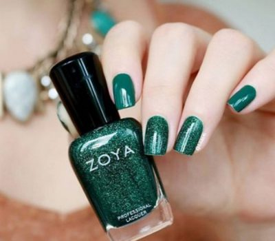 Emerald Green Nails Beauty