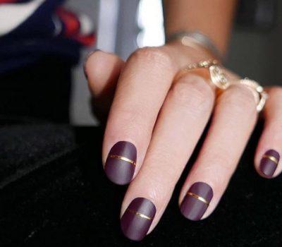 violet-gold-nails-1