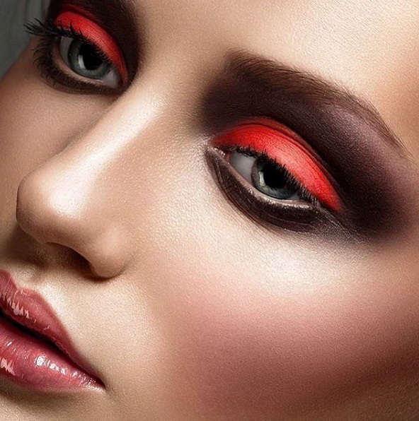 red-eyeshadow-4