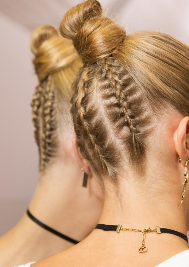 Braids Are Back Get The Hottest Spring 2017 Runway Hairstyle Now