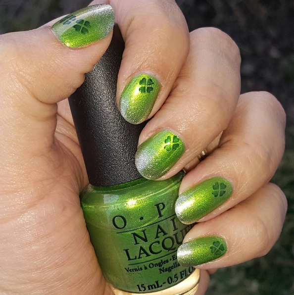 Get Into The Party Mood With These St Patrick S Day Nail Art Ideas