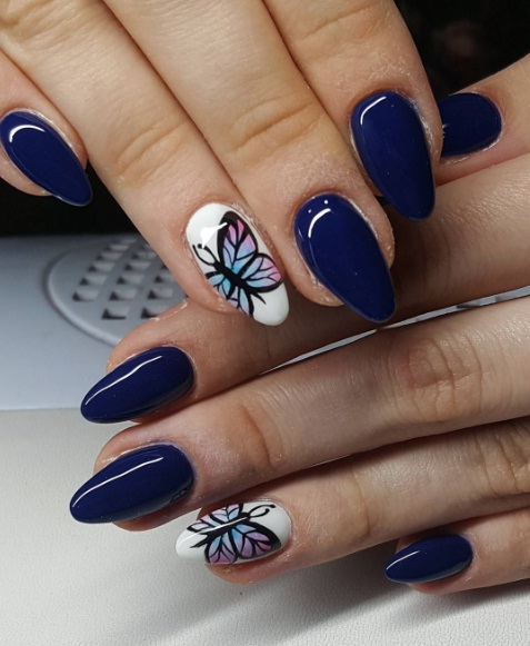 Add Silver Faux Gems To A Of Nails For Finishing Touch And Then Paint Single Fingernail On Each Hand With Black White Abstract Prints