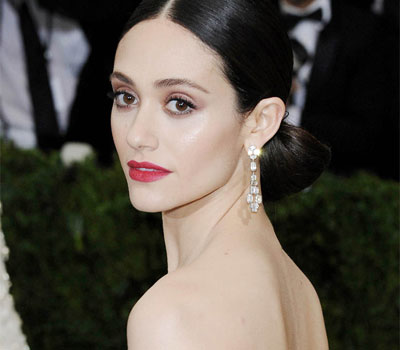 try dianna agron's bronzed met gala makeup  beauty