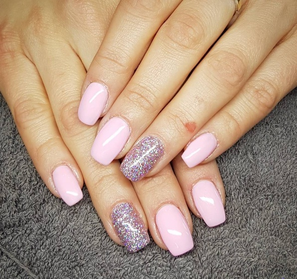 Channel Your Inner Party And Accessorize Nails With Faux Nail Gems Gold Silver Dark Pink Shades Contrast Beautifully Against Ballet Slipper