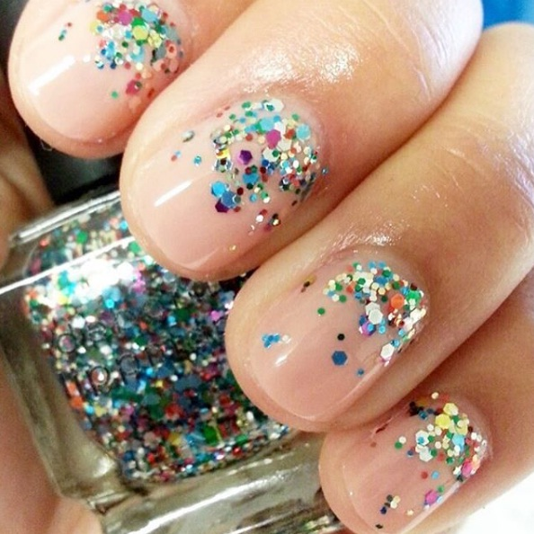 Glam Glittery Nails That Are Perfect For The Holidays | BEAUTY