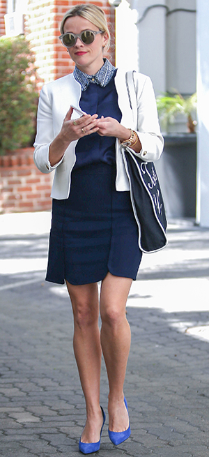 Steal Reese Witherspoon S Cool White Blazer And Navy Blue