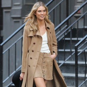 FEATURED IMAGE- KARLIE KLOSS