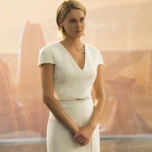 Sleek White Dresses