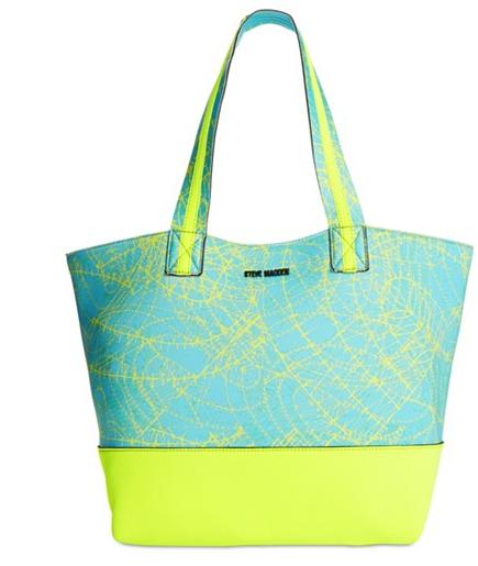 bc42ffeb6b19 5 Fashionable Gym Bags To Sport Now