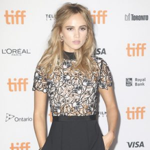 suki-waterhouse-featured-image