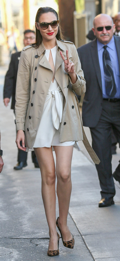 """Gal Gadot Sighted Arriving at """"Jimmy Kimmel Live!"""" on October 19, 2016"""