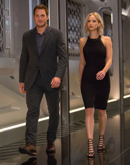 Get jennifer lawrence 39 s black halter dress from for Passengers spaceship