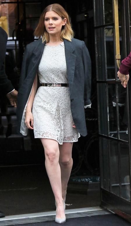 Copy Kate Mara's Lace Frock And Boyfriend Blazer | FASHION