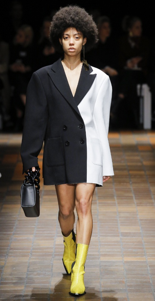 Broad Shoulder Blazers Are Officially Back Fashion