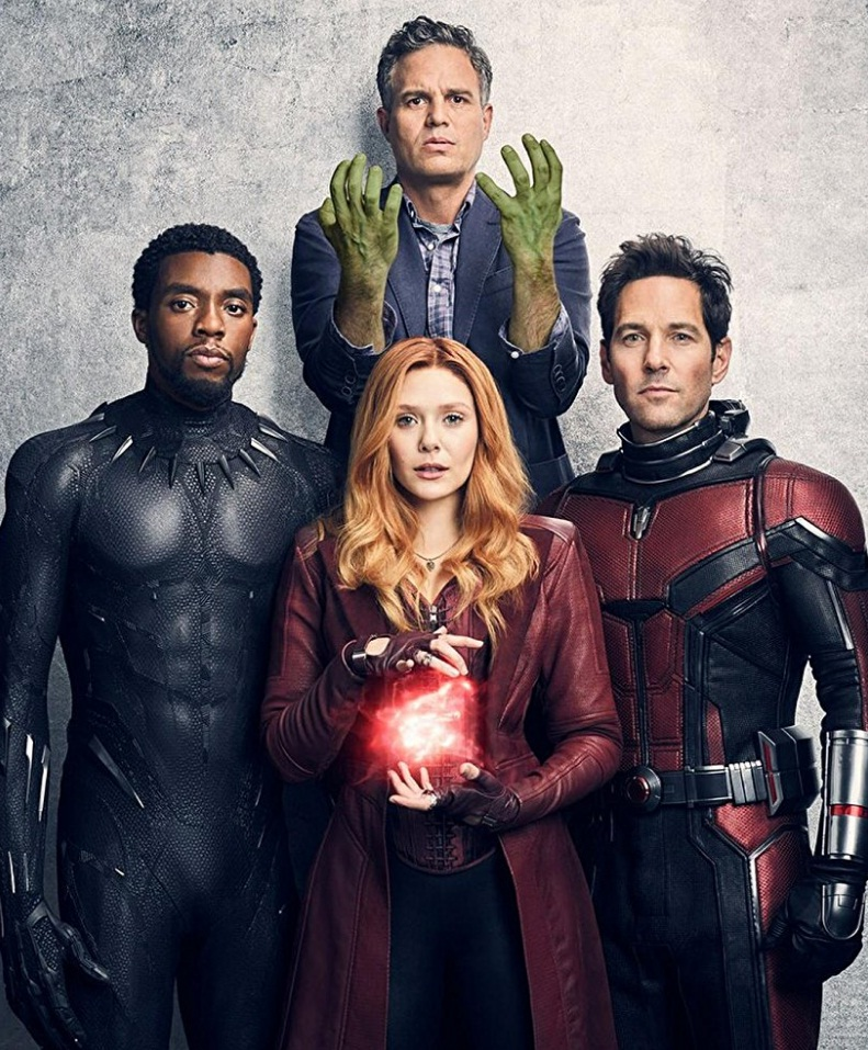 Scarlett Johansson And Elizabeth Olsen Are Sexy In Avengers