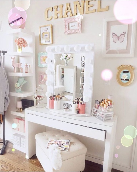Beautiful Vanity Dcor Ideas For Springtime LIFESTYLE