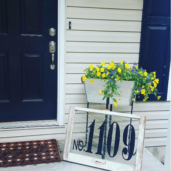NAVY BLUE AND WHITE FRONT PORCH
