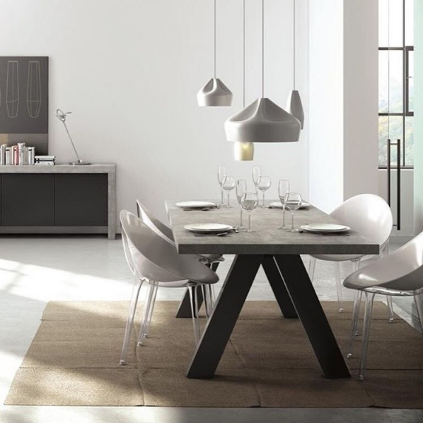 Concrete accents pave the way as a beautiful new for Table effet beton cire