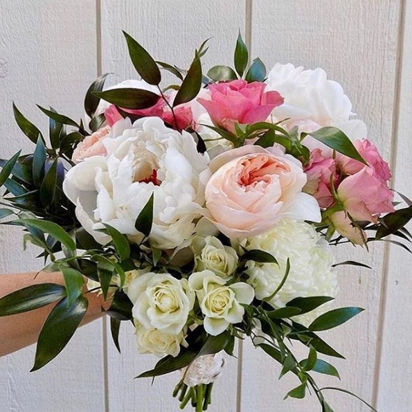 Fight the winter blues with these floral arrangement ideas meanwhile springs of lavender tiny pink flowers and fresh greenery can bring your bouquet to life mightylinksfo