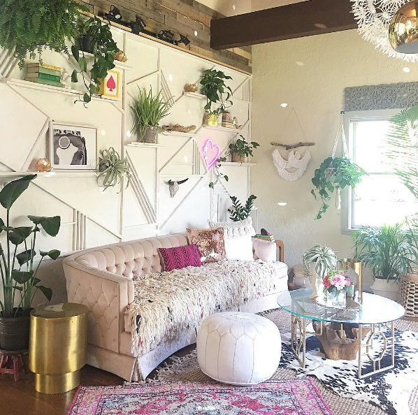 Check Out These Beautiful Wall Décor Ideas For Spring